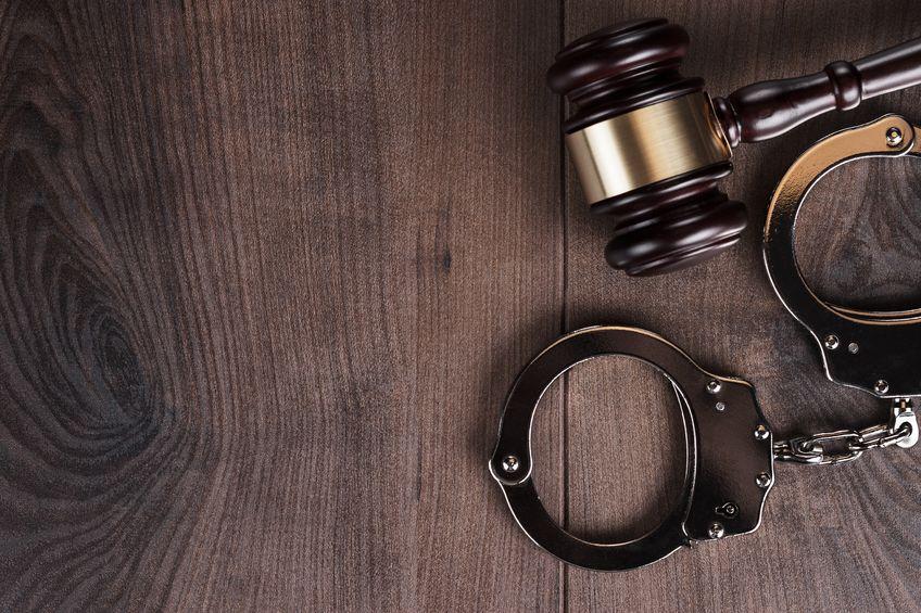 Advokathjelp til å anmelde
